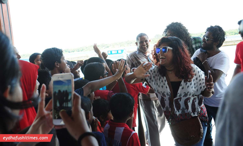 maldivian_idol-eyd-1