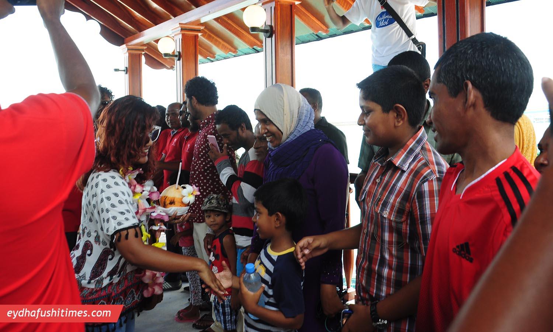 maldivian_idol-eyd-10