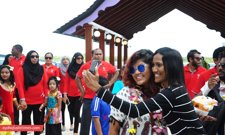 maldivian_idol-eyd-2
