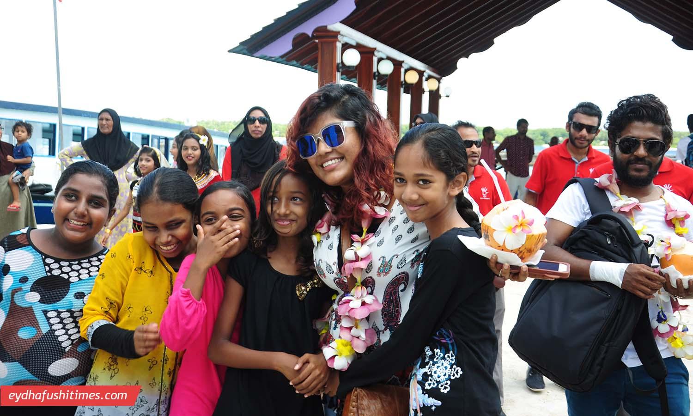 maldivian_idol-eyd-4