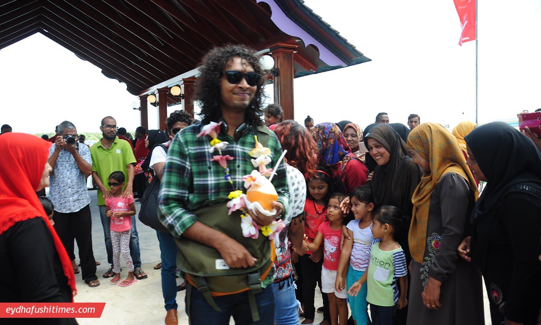 maldivian_idol-eyd-9